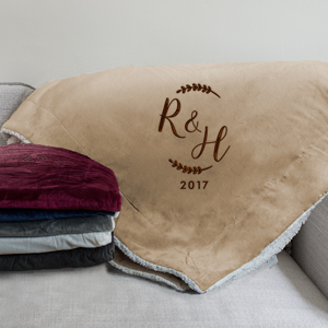Embroidered Initial Wreath Sherpa Blanket | Personalized Sherpa Blanket
