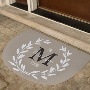 Personalized Wreath Initial Doormat | Personalized Doormat