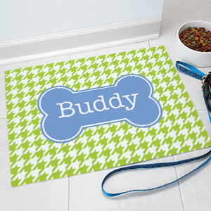Personalized Chevron Dog Bone Pet Mat 831117387