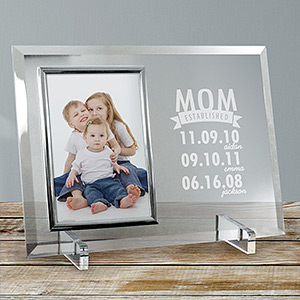 Engraved Mom Established Glass Frame