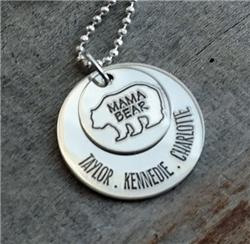 Engraved Mama Bear Necklace DSKBNKEMBEAR