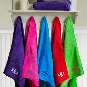 Embroidered Monogram Beach Towel E1008031X