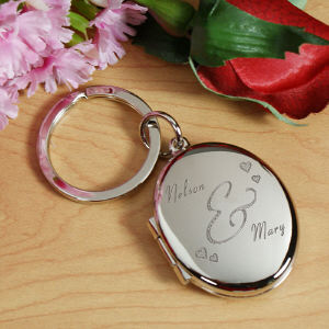 Engraved Couples Silver Oval Locket Keychain KC6147