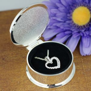 Engraved Heart Pendant Necklace with Box J764919