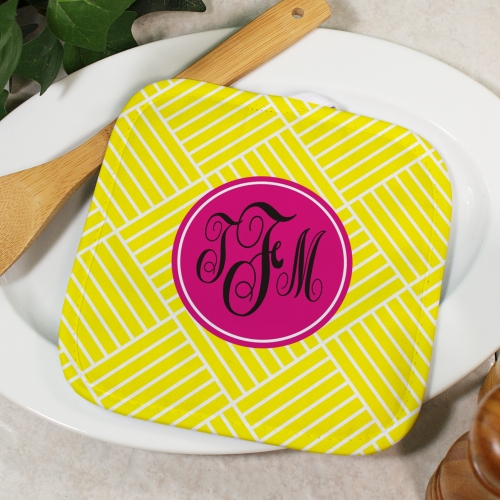 Monogram Madness Pot Holder U629542
