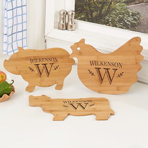 Engraved Family Name Animal Cutting Board | Personalized Cutting Boards