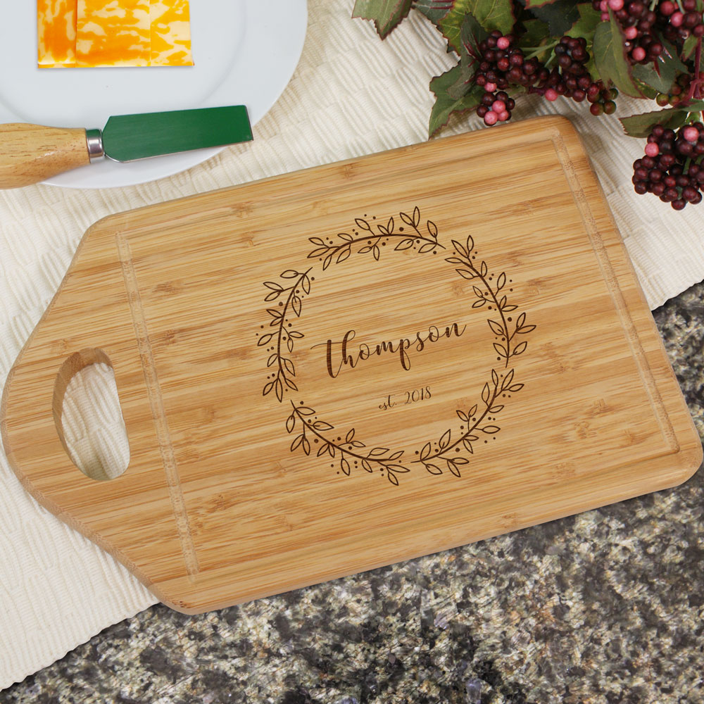 Engraved Family Name Wreath Cutting Board | Personalized Cutting Boards