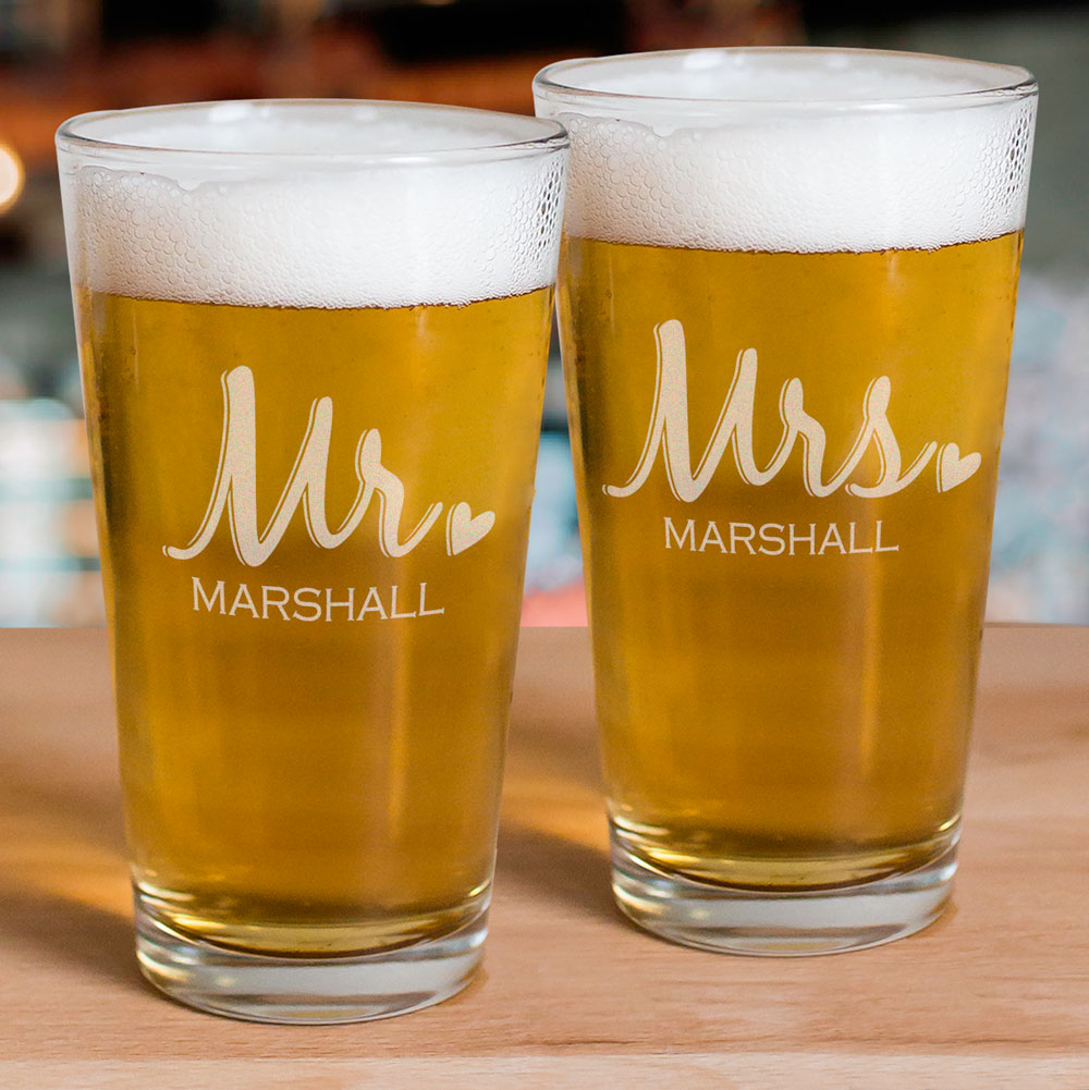 Engraved Mr & Mrs Beer Glass Set | Romantic Home