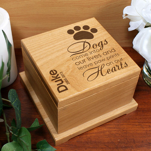 Engraved Pet Memorial Urn | Memorial Gifts