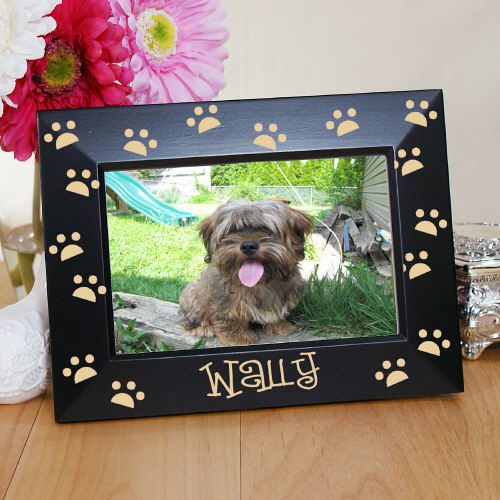 Engraved Paw Print Black Frame | Personalized Picture Frames