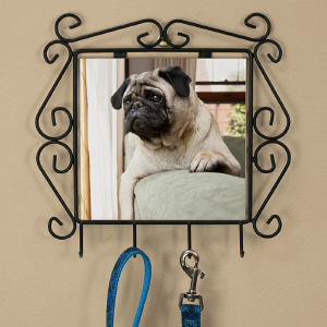 Picture Perfect Pet Photo Leash Hanger U386555