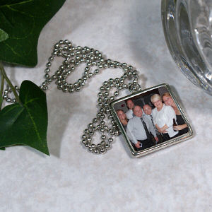 Picture Perfect Family Photo Square Frame Necklace
