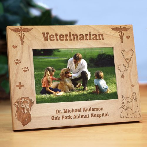 Engraved Vet Picture Frame | Personalized Wood Picture Frames