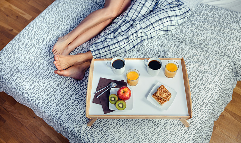 breakfast in bed for couple