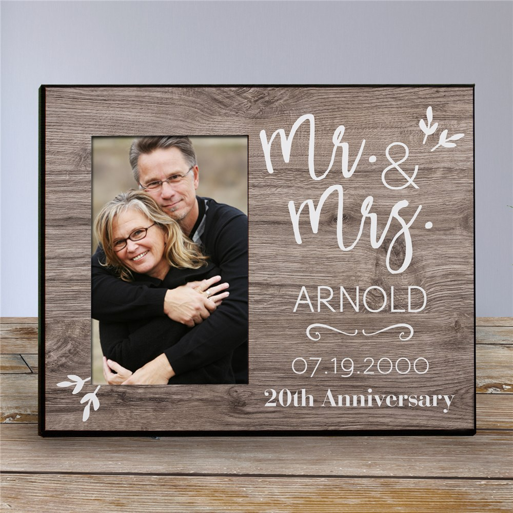 Customized Picture Frames | Pallet Personalized Anniversary Frame
