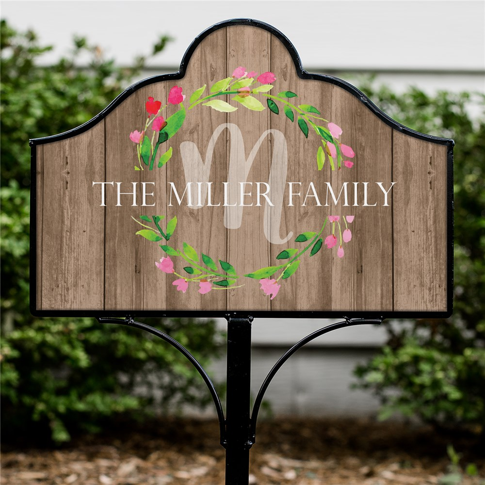 Personalized Family Wreath Magnetic Sign Set | Personalized Garden Signs