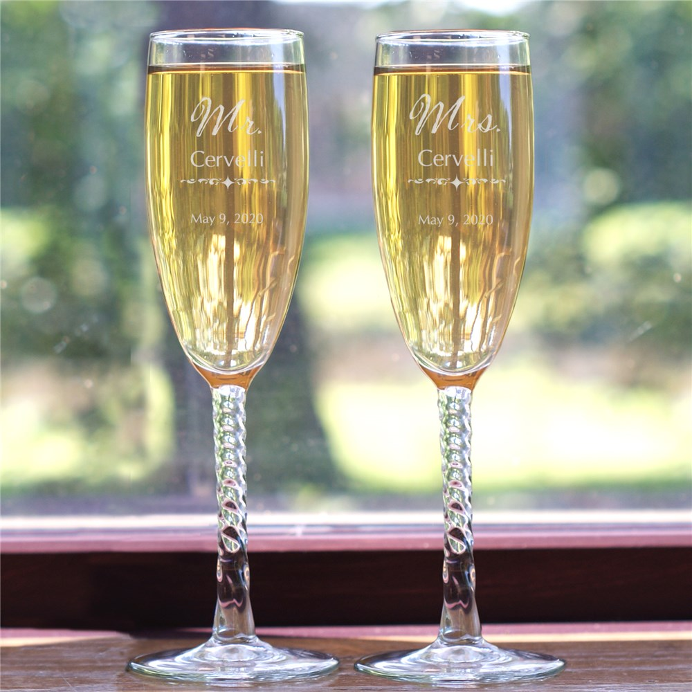 Mr. and Mrs. Personalized Wedding Toasting Flutes | Personalized Wedding Gifts