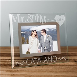 Engraved Mr and Mrs Glass Frame | Personalized Wedding Frames