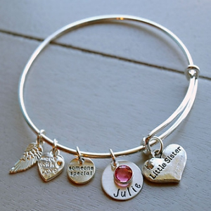 Personalized Little Sister Bracelet DKBWBLSISL