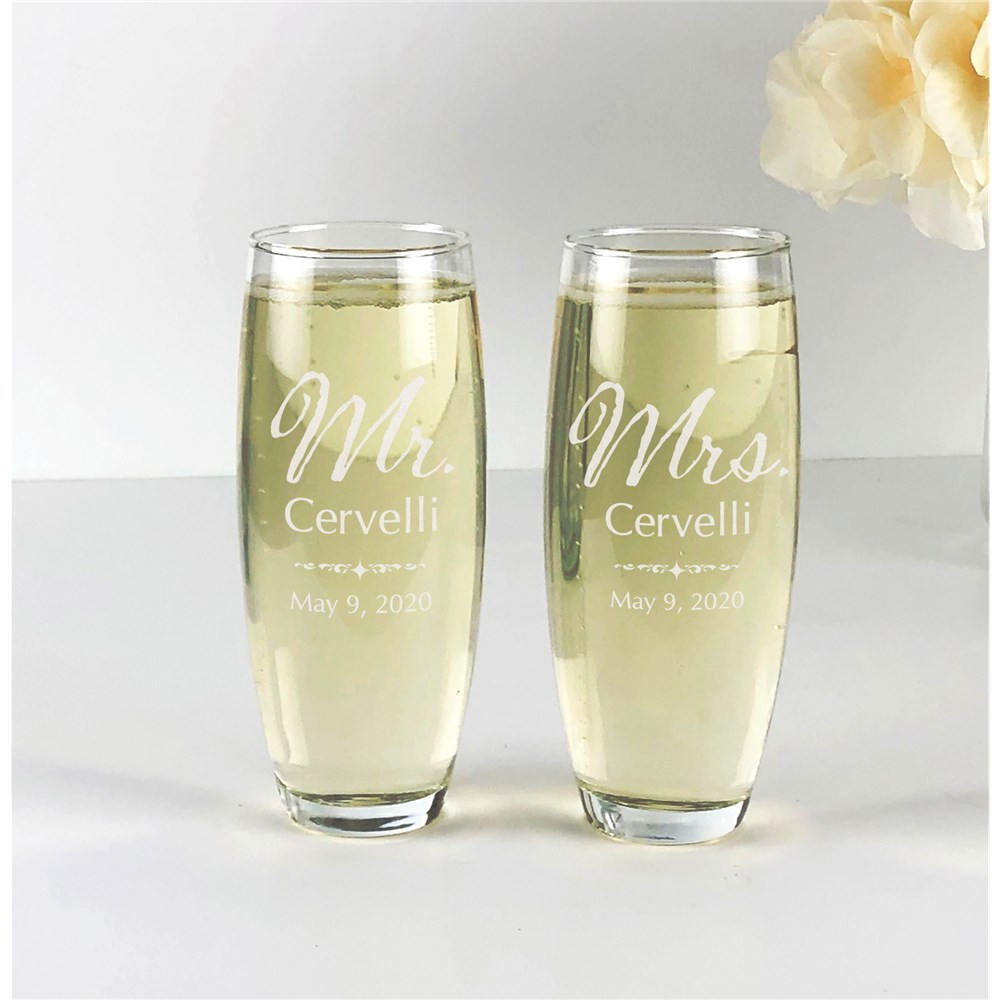 Personalized Toasting Flutes | Engraved Wedded Couple Glasses