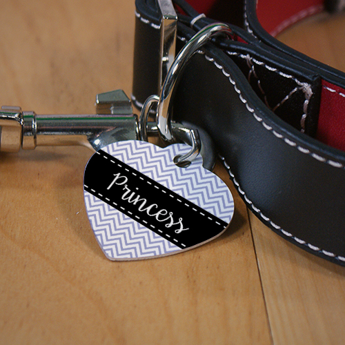 Personalized Chevron Heart Shaped Pet Tag U1168756H