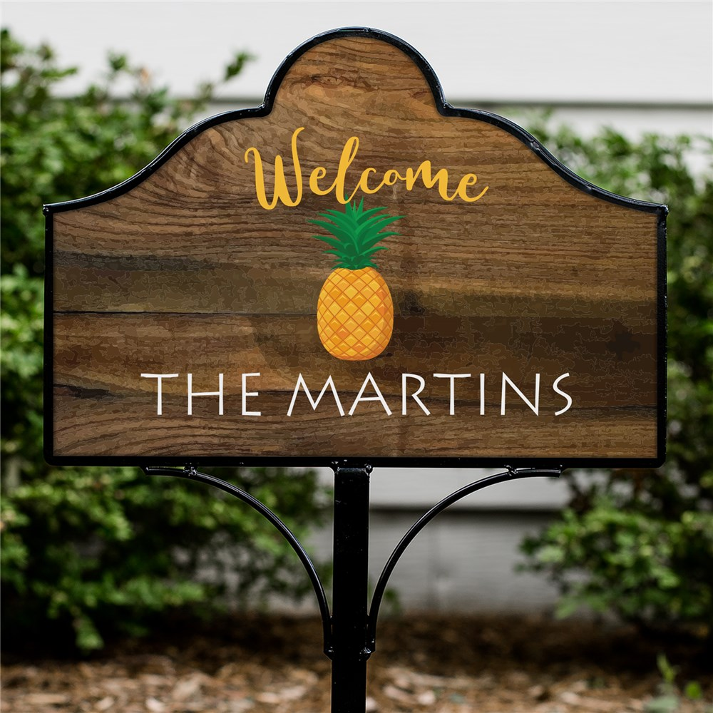 Personalized Welcome Pineapple Magnetic Sign | Personalized Welcome Sign