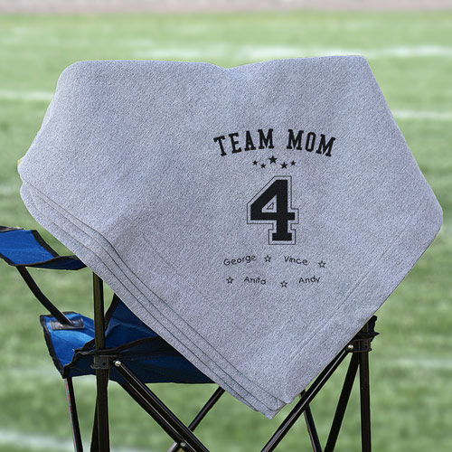 Personalized Team Mom Fleece Blanket | Gifts for Mom