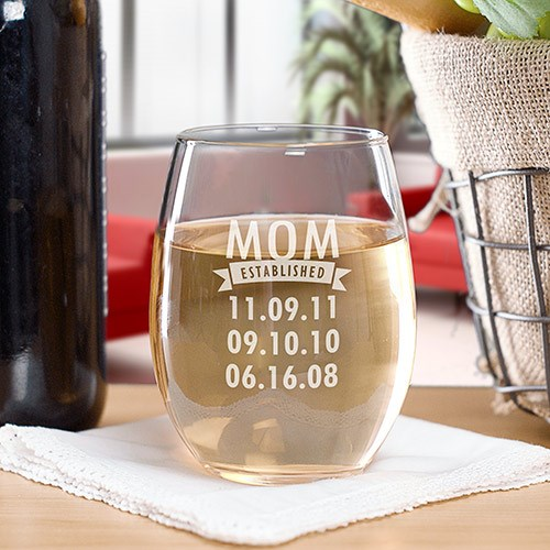 Engraved Mom Established Stemless Wine Glass | Mother's Day Gifts
