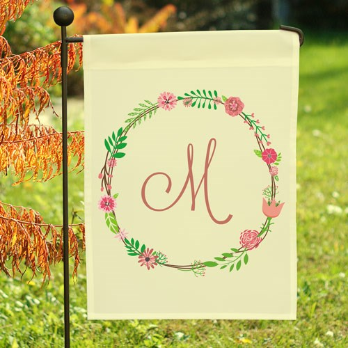 Personalized Single Initial Floral Garden Flag 830101742X