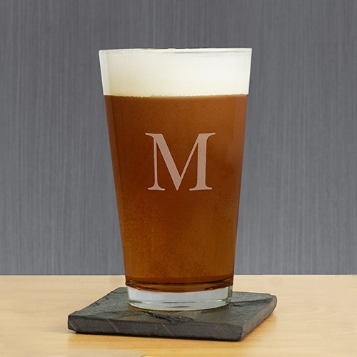 Engraved Initial Beer Glass L8032142