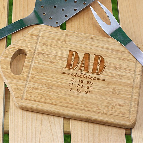 Engraved Dad Bamboo Cutting Board L945130